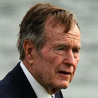 Педофилът и сатанист Джордж Буш-старши, бивш президент и баща на друг президент-сатанист.