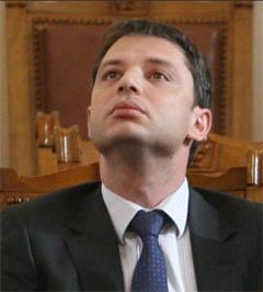 Ангел Семерджиев и Делян Добрев имат да черпят Христос