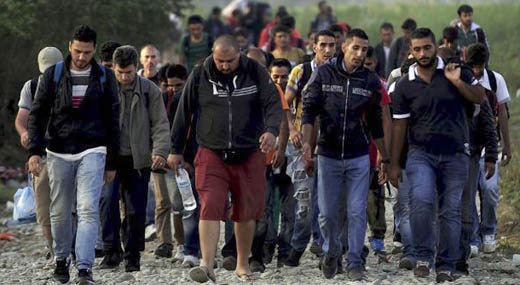 Интервю: Нелегалните имигранти не са бежанци, а престъпници
