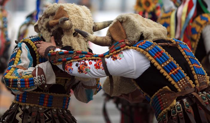 Тракийско наследство в българския фолклор (9): Кукерските игри